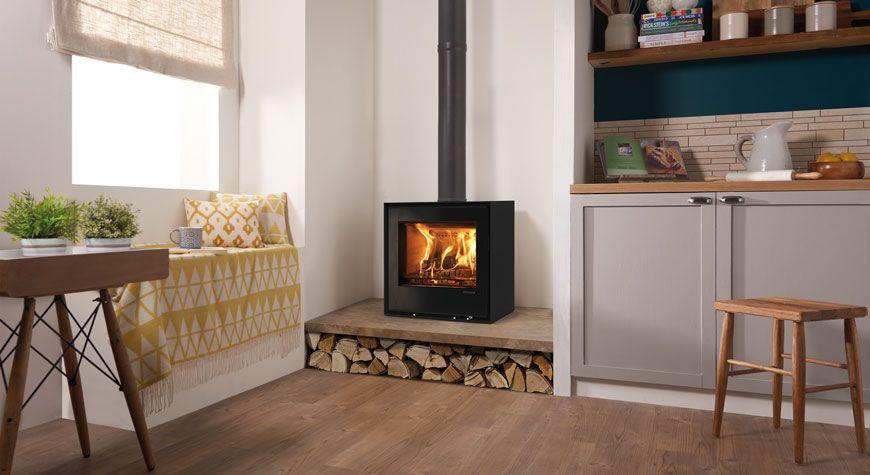 Freestanding Elise 540 Wood Burning And Multi Fuel Stoves Stovax Stoves Wood Burning Stoves Living Room Log Burner Living Room Freestanding Fireplace