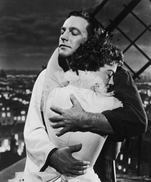 Gene Kelly and Leslie Caron - An American in Paris (Vincente Minnelli, 1951)