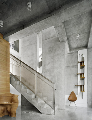 Wonderful Beautiful Polished Concrete Walls/stairs. Love The Darker Stained Ceiling.