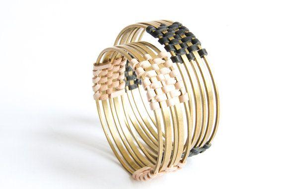 Circolare di ottone e braccialetto di cuoio di SolDelSur su Etsy
