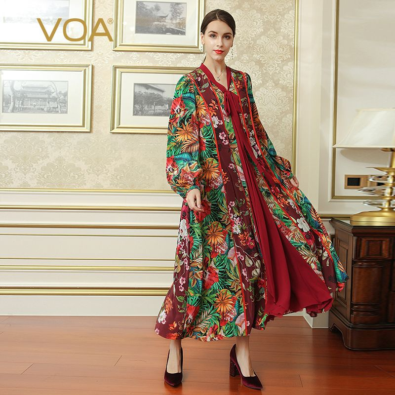 woman vintage Exotic dress