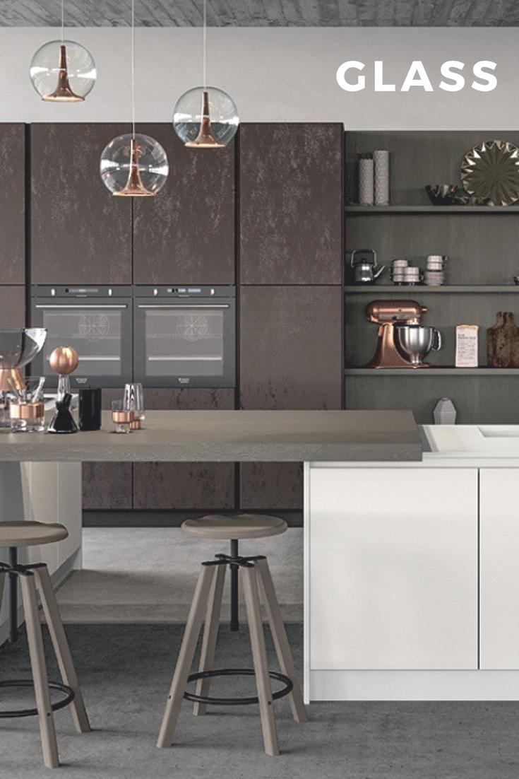 Cucine Moderne Vetro.Cucina Moderna Di Design Con Finiture Vetro Cucine Moderne