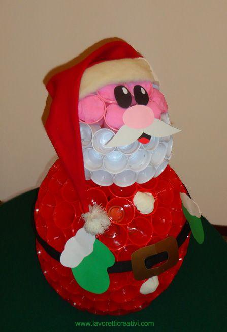 Babbo Natale Fatto Con I Bicchieri Di Plastica.Babbo Natale Con I Bicchieri Di Plastica Natale Babbo
