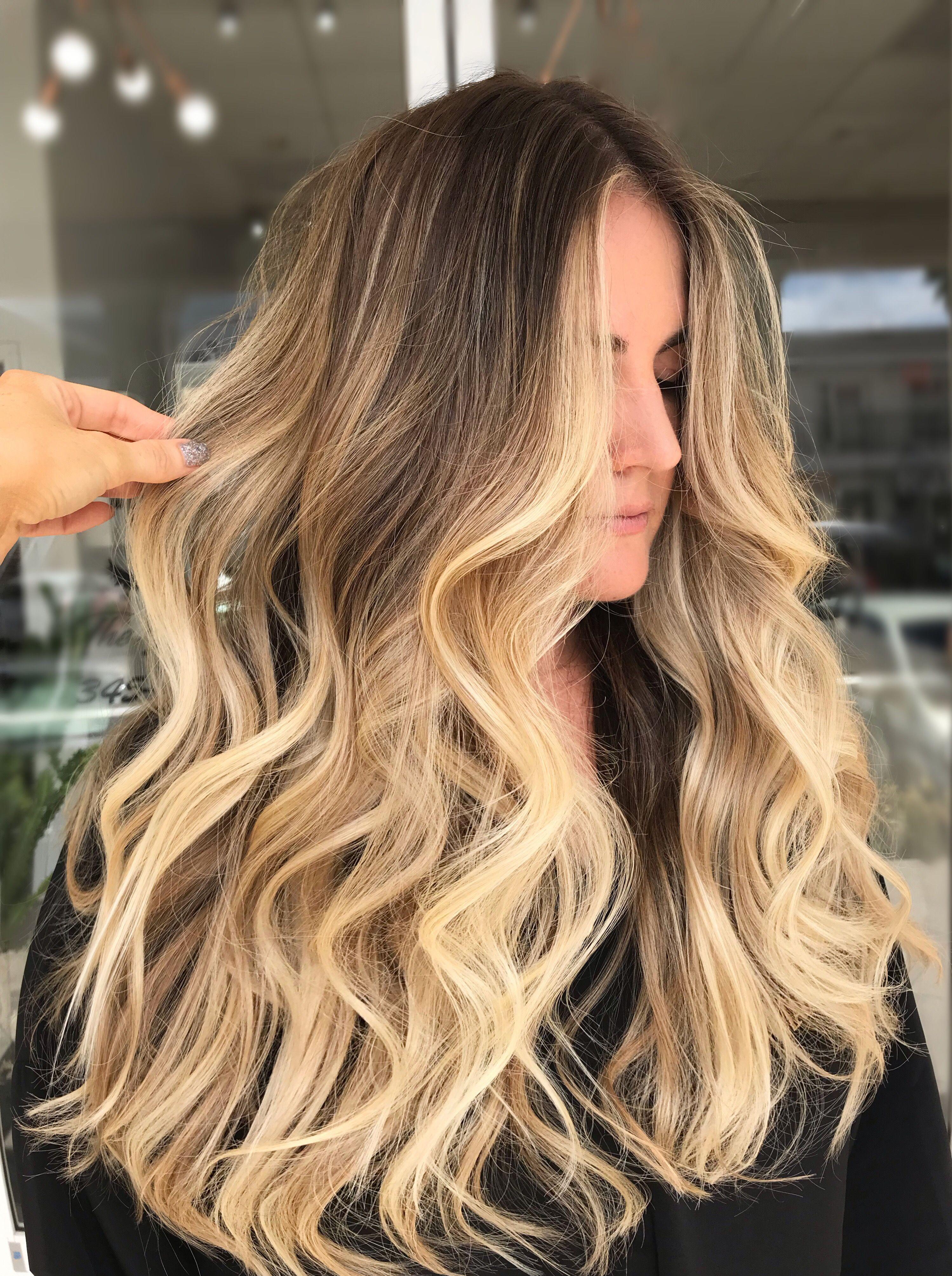 Lived In Beach Hair  #haircoloridea #livedinhair #livedinblonde #beachhair
