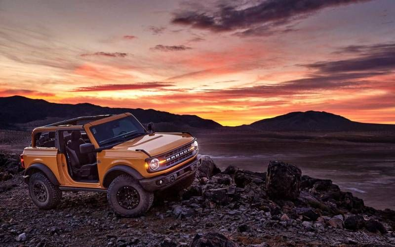 Ford Bronco Outer Banks 2door 2021 SUV Drive in 2020
