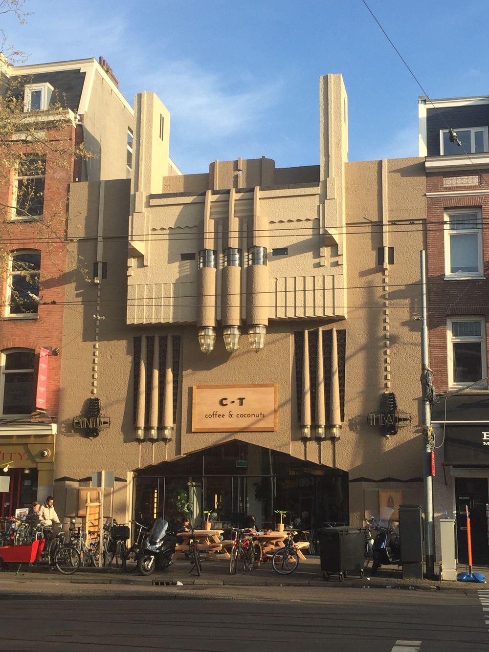 CT Coffee&Coconuts facade