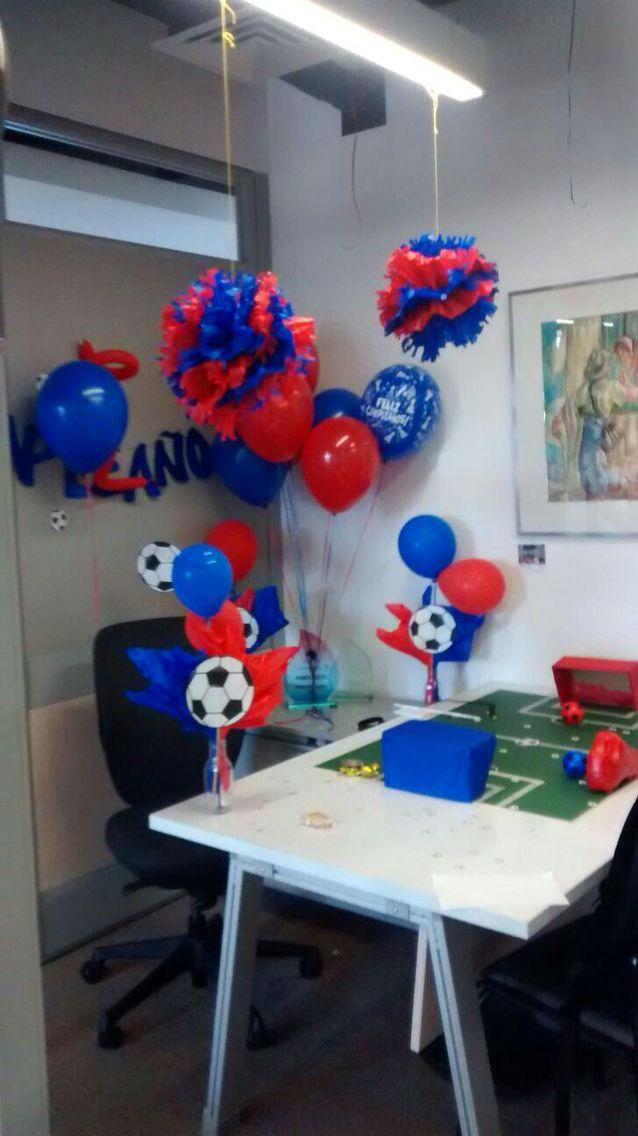 Decoraci n futbolera decoraci n de cumplea os en oficina for Decoracion para ambientes chicos