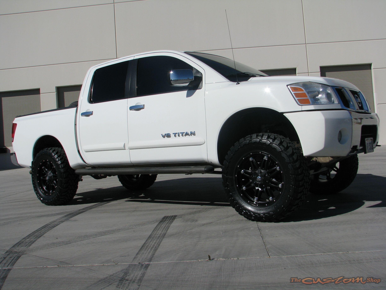 Nissan v8 titan