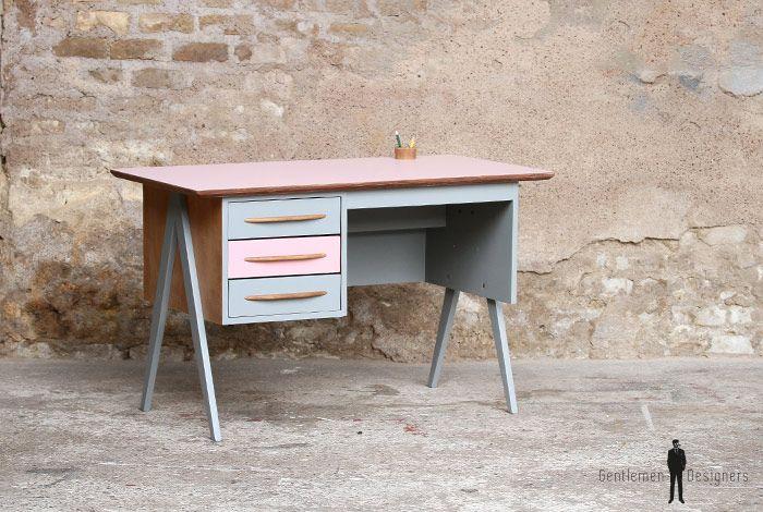 Bureau vintage tiroirs rose et gris pieds compas