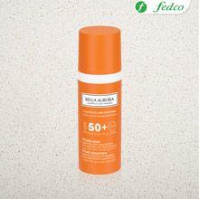 Bella Aurora. Gel crema solar antimanchas SPF50 para piel con tendencia mixta-grasa. Su fórmula mejorada con filtros solares de amplio espectro UVA, UVB e IR, te garantizan la máxima protección frente a la exposición solar.