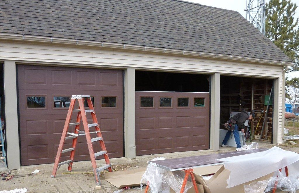 Basic Issues Of Garage Doors The Architects Diary 1000 In 2020 Garage Doors Garage Door Maintenance Garage Insulation