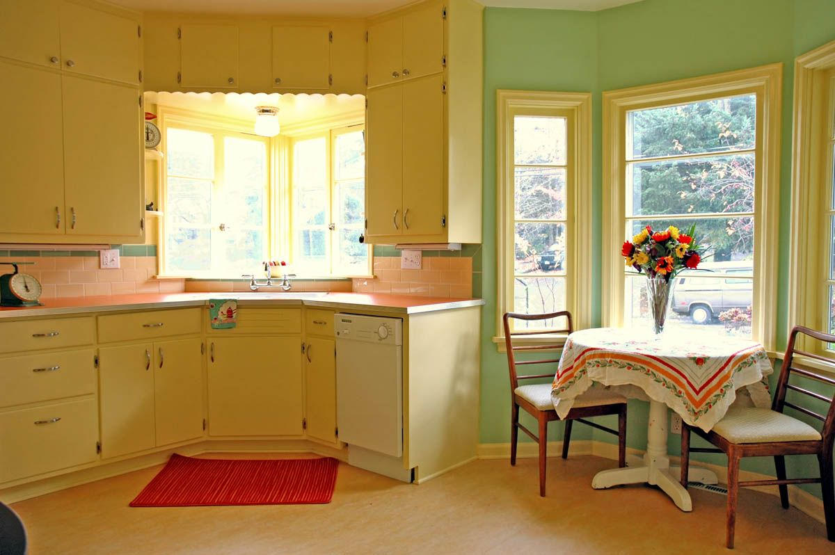 1940 Kitchen Design | IMAGE GALLERIES: Residential Gallery: Kitchens: 1940 1959  | 1940s Retro Kitchens | Pinterest | The Ou0027jays, Appliances And Kitchen ... Part 23