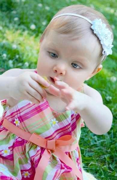 Three Daisy Baby Headband at The Princess Express | Baby & Child Headbands, Tiaras, Tutus, & Baby Bloomers for Girls