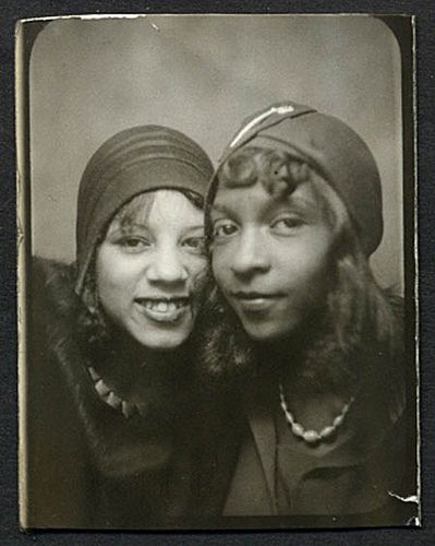 Flappers of color
