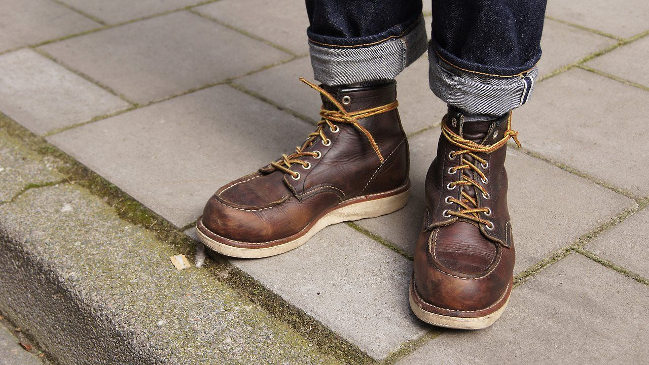 535a3b169e4 Red Wing - Work Heritage, Moc-Toe, #8138 with Briar