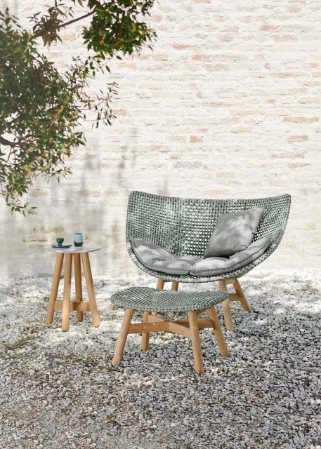 Update Your Outdoor Living Area With These Chic Fi
