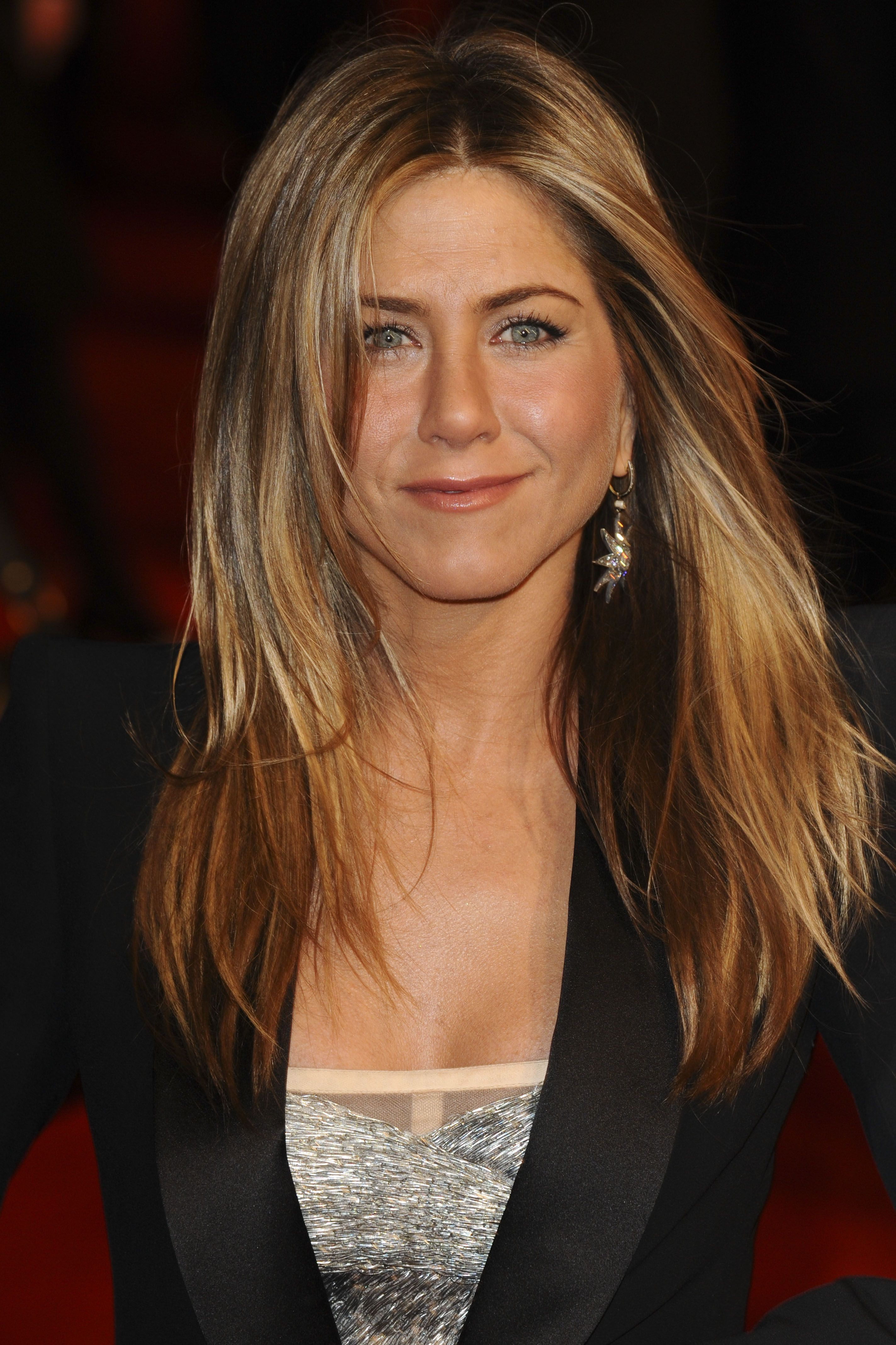 Jennifer Aniston Hot Picture 54
