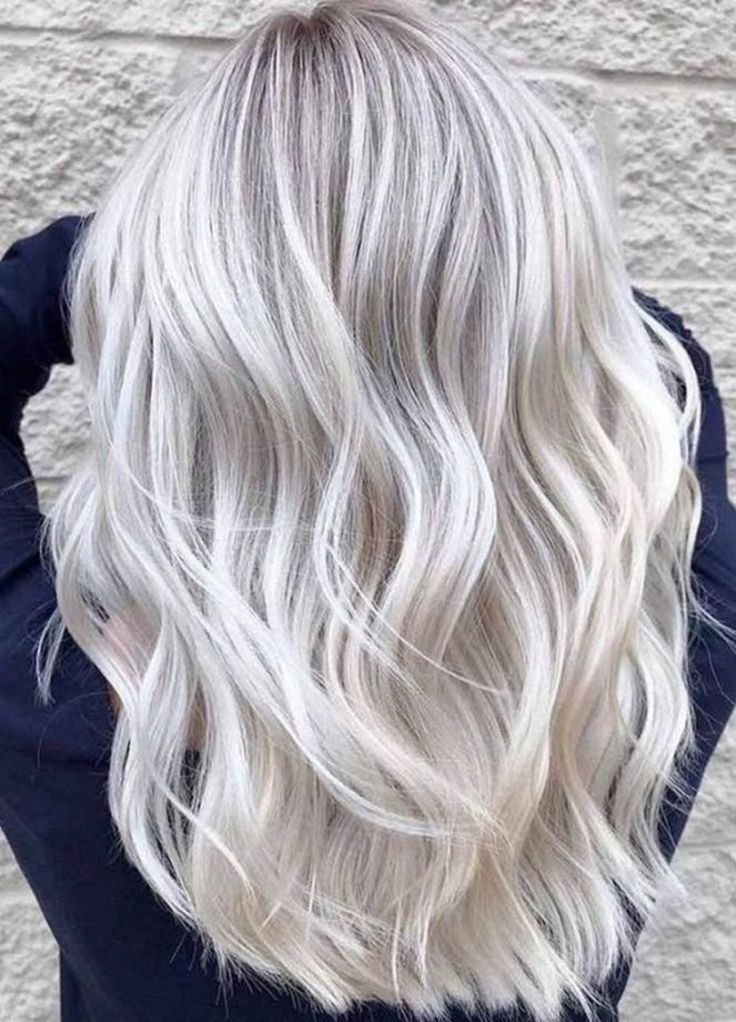 67 Platinum Blonde Hair Shades and Highlights for 2019 #platinumblondehair #plat...