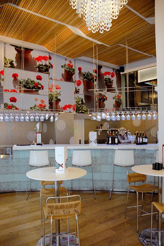 22 Ideas De A I R E A N D A L U Z Restaurantes Disenos De Unas Bar De Tapas