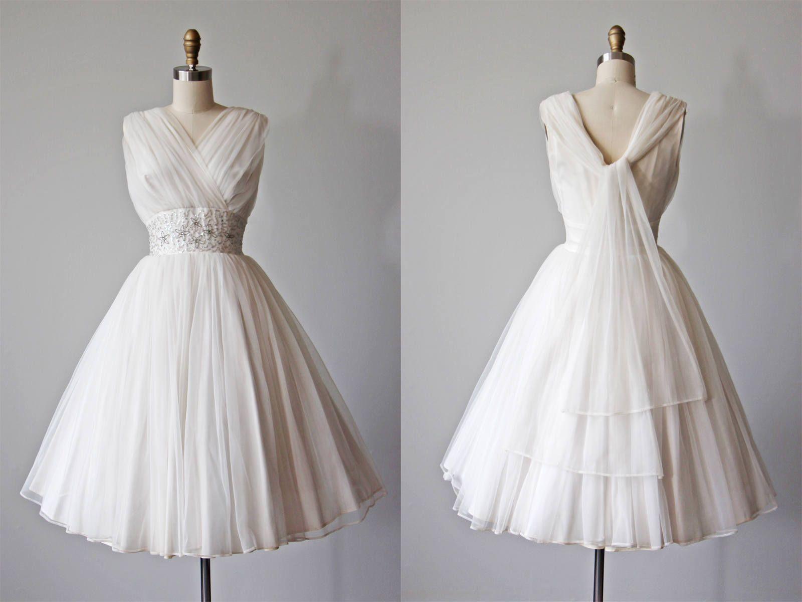 50s Dress Vintage 1950s Dress White Chiffon Wedding Prom Etsy Vintage 1950s Dresses 50s Dress Vintage Dresses [ 1200 x 1600 Pixel ]