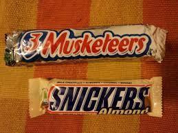 3 Musketeers en Snickers Almond