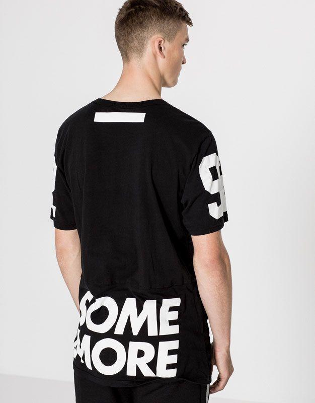 09d0bc556f T-shirt preta estampado texto - Blusas - Vestuário - Homem - PULL BEAR  Portugal