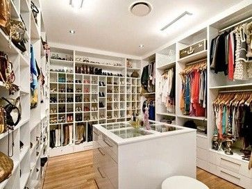 Walk In Closet Contemporary Closet Glass Drawers With White Trim Pull Out Pants Track Jewelry Drawers Center Gla With Images Closet Design Closet Bedroom Dream Closets