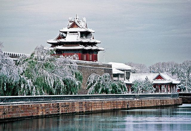 A fresh coating of snow blankets the Forbidden City, the former imperial palace. Photograph by Michael Yamashita @yamashitaphoto