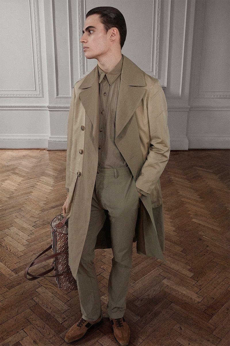5244e92c706e4 Riccardo Tisci traz pegada streetwear para Burberry em coleção  Outono Inverno 2019 – O Cara Fashion