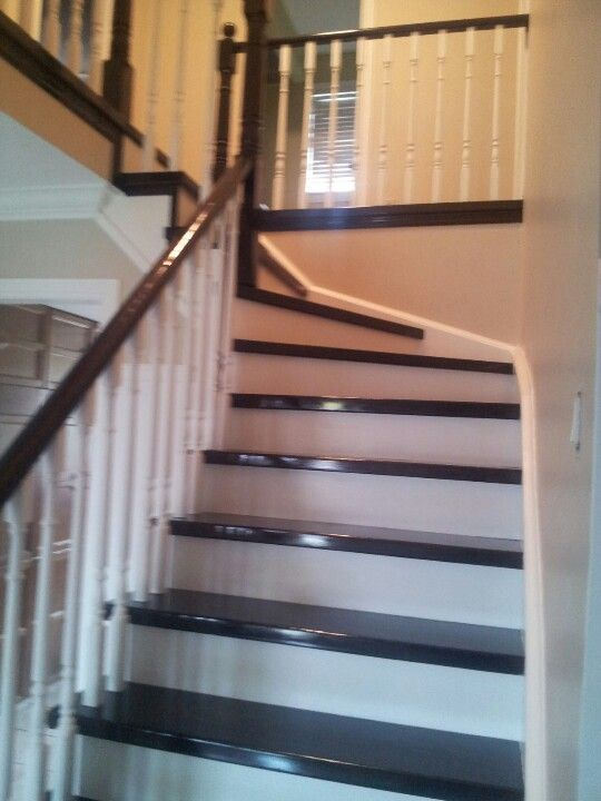 Best New Hardwood Stairs To Replace Our Old Green Carpeted Ones 400 x 300