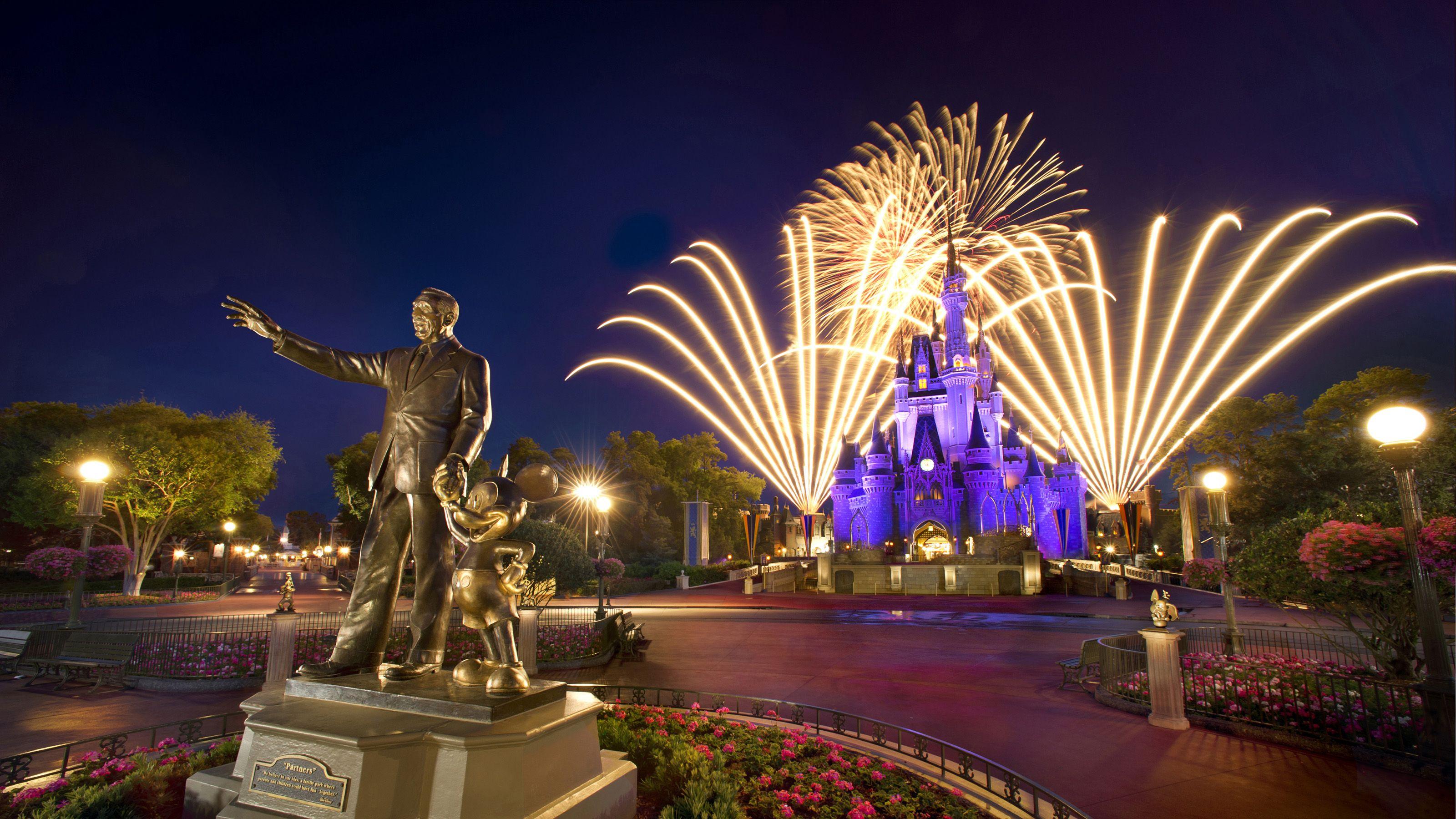 Walt Disney World Magic Kingdom Fireworks
