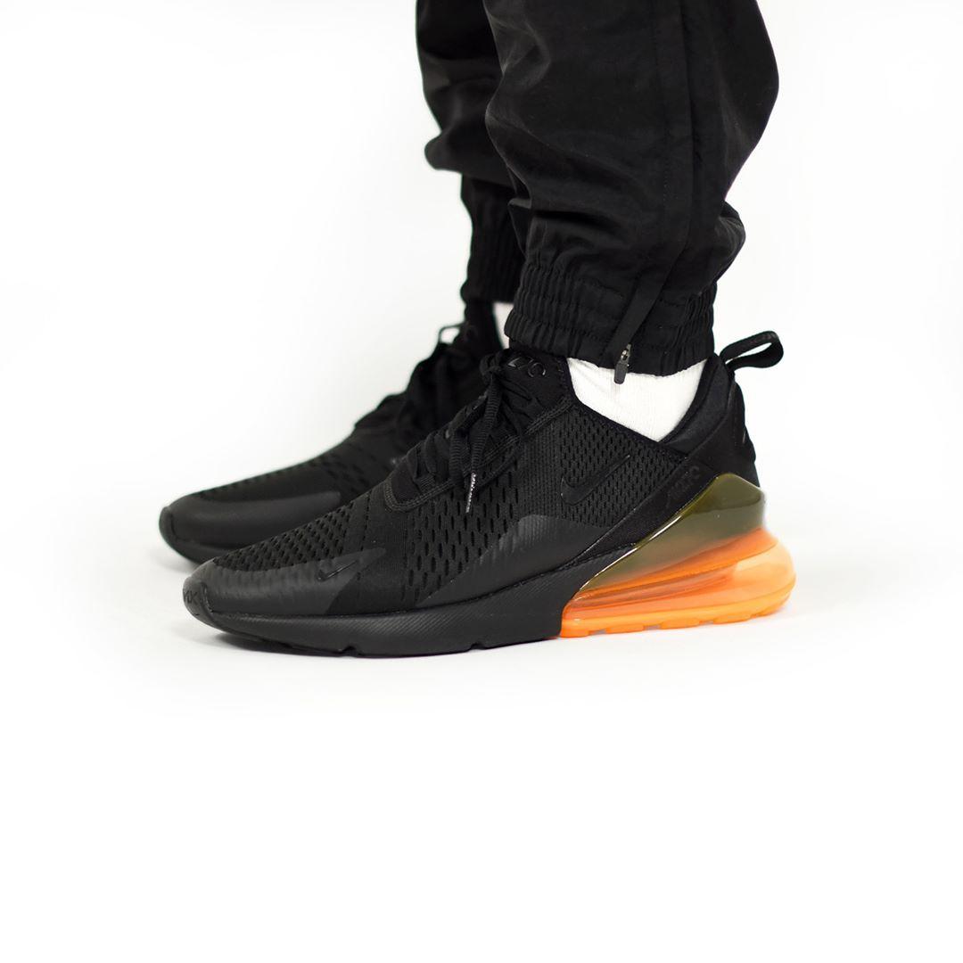 Nike Air Max 270 Black Total Orange QS . Disponible