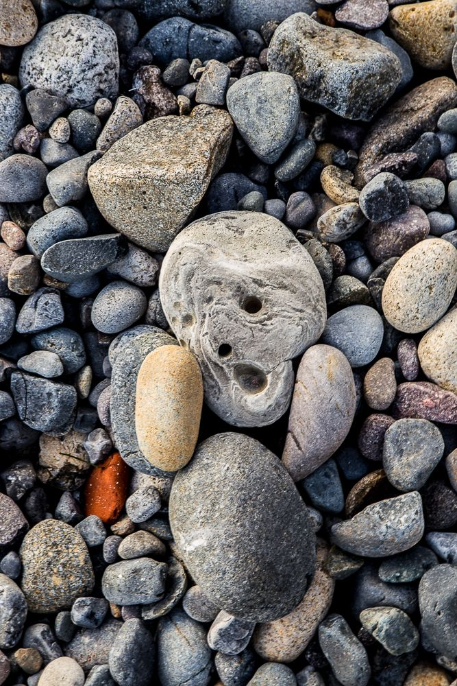 #THESCREAM #EDVARDMUNCH I FOUND THIS ROCK ON THE BEACH IT REMINDED ME OF THE PAINTING. #GERMANEXPRESSIONISM