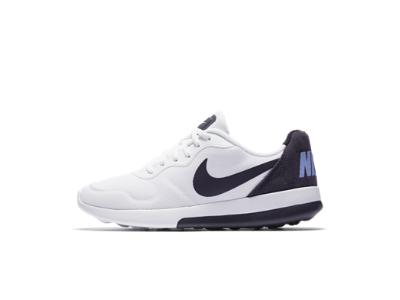 57b8d60087266 Nike MD Runner 2 LW Women s Shoe Women Lifestyle