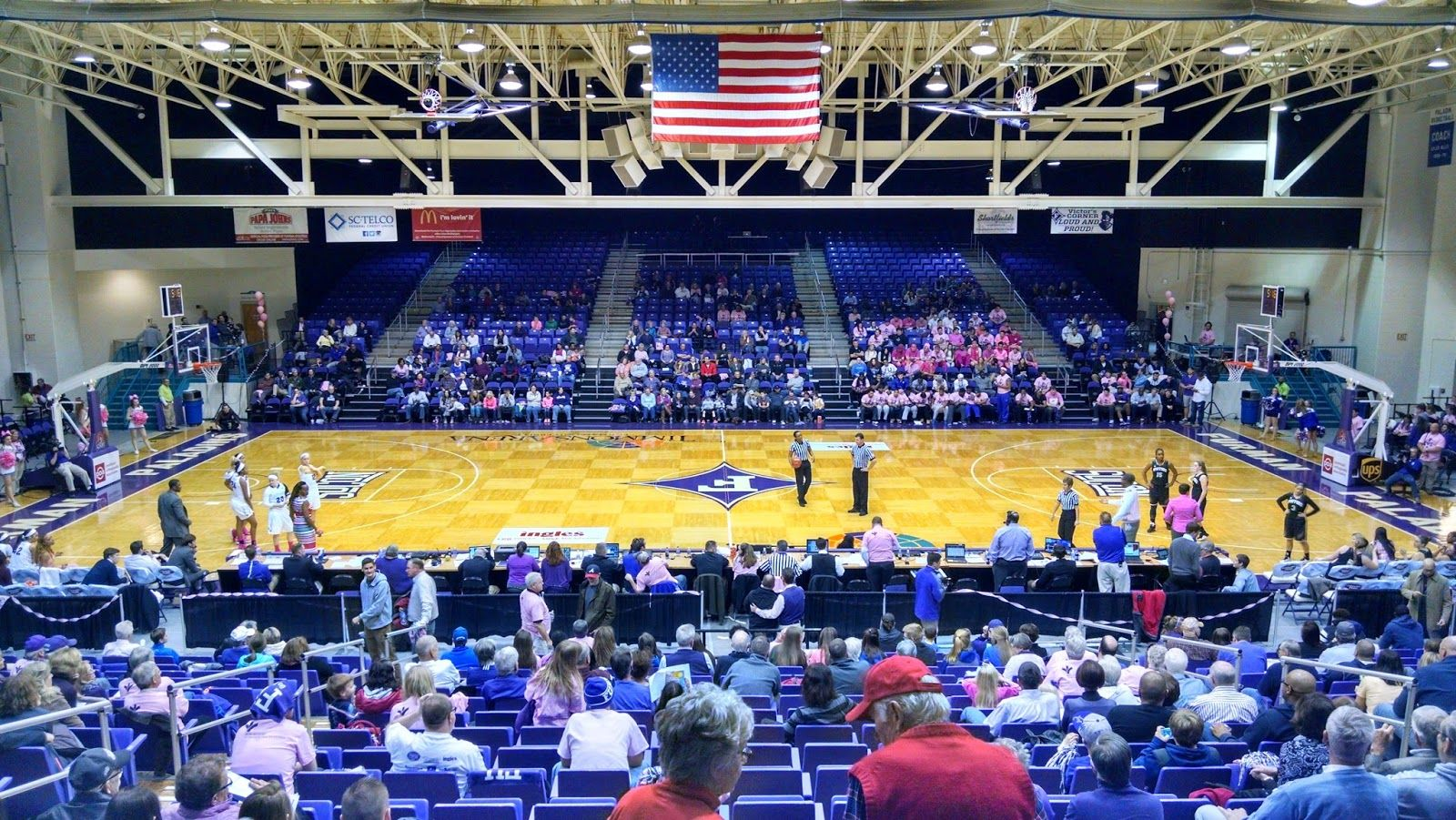 Timmons Arena Greenville Sc February 10 2018 The Wofford Terriers Lost To The Furman Paladins 76 52 In A Southern Confere Paladin Furman Paladins Stadium