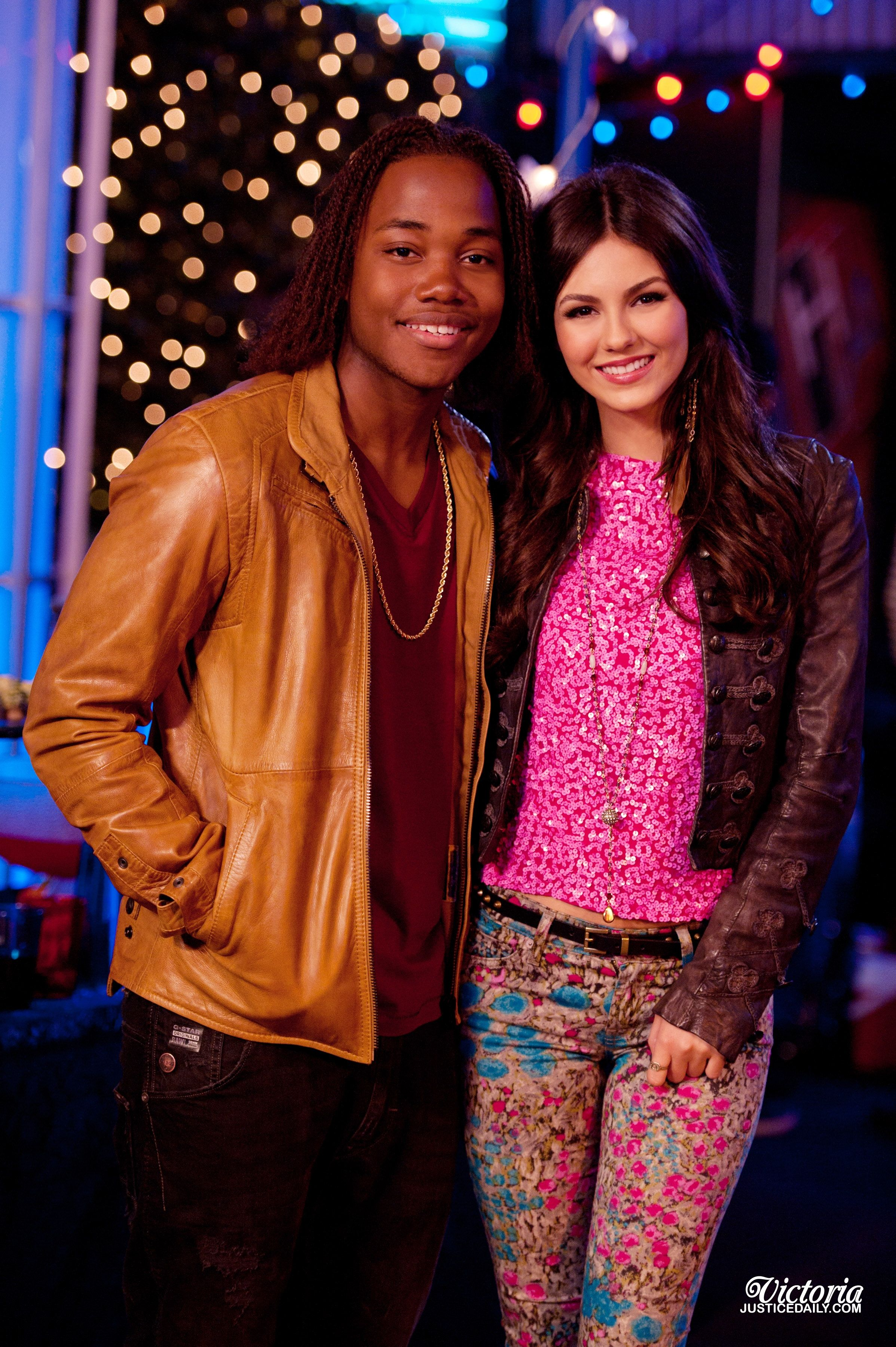 Victorious Andre and Tori