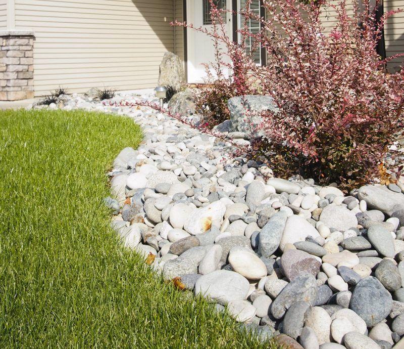 Steinbeet anlegen: Anleitung, Pflege-Tipps und Bepflanzung