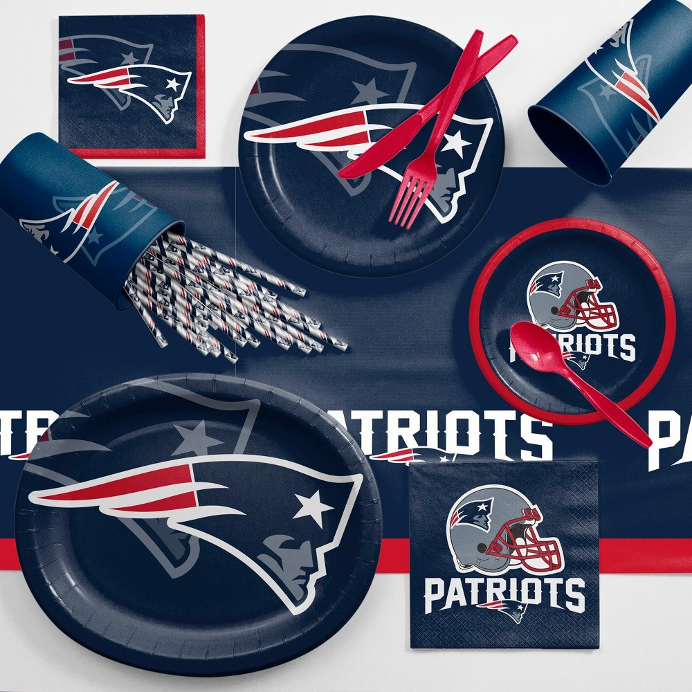 Nfl Navy Blue And Red New England Patriots Ultimate Fan Party Supplies Kit