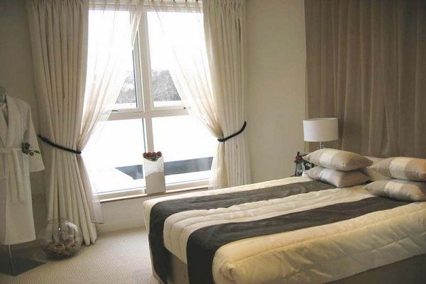 Elegant Bedroom Curtain Ideas for Contemporary Home Interior 2016 ...