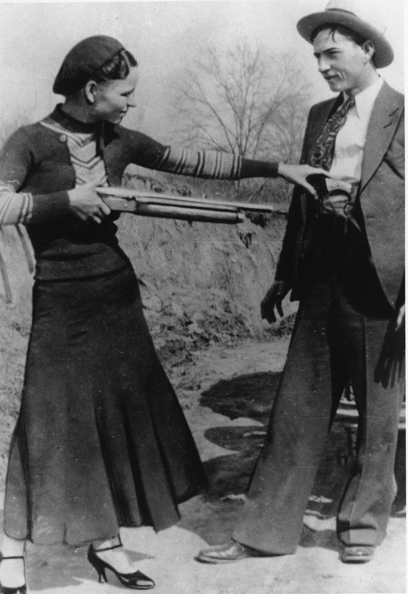 Here S The Story Of Bonnie And Clyde Gangster Duo S Poems Go Up