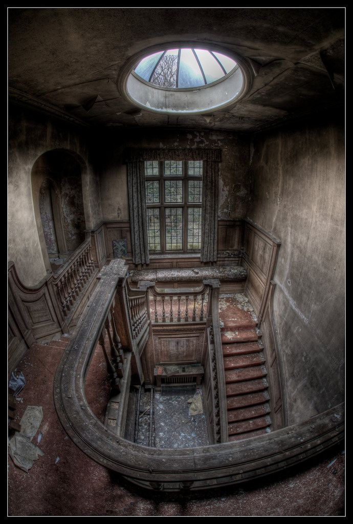 The Crooked Smile Abandoned mansions, Abandoned houses