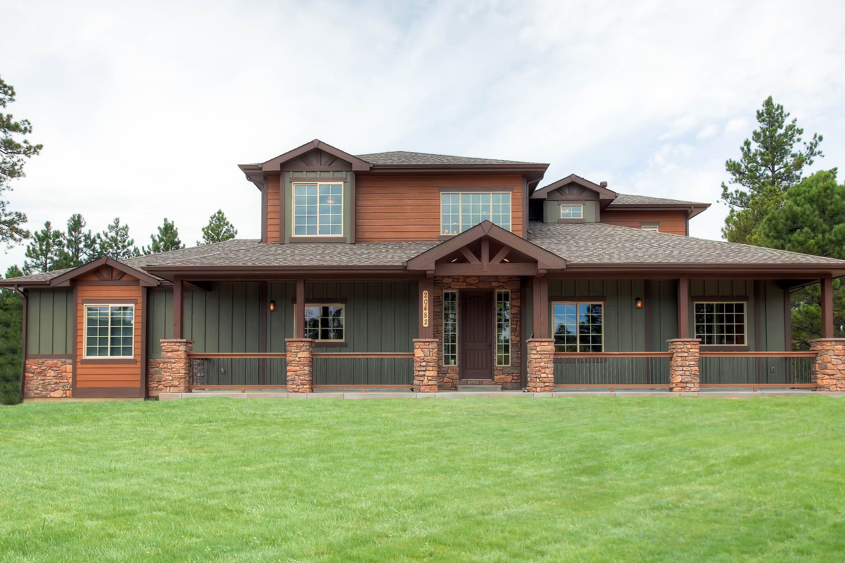 Craftsman design with front porch