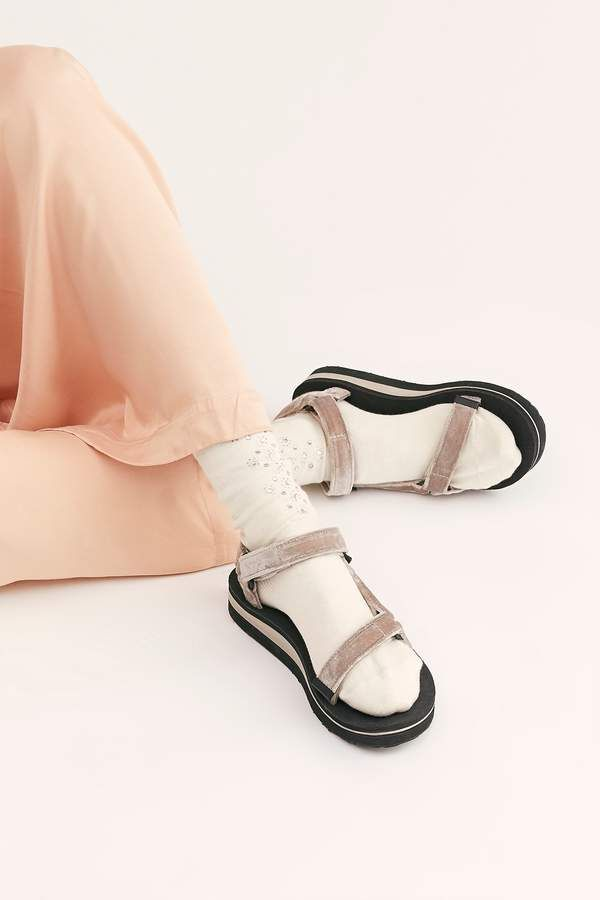 c3988294d27 Midform Universal Holiday Sandal in 2019