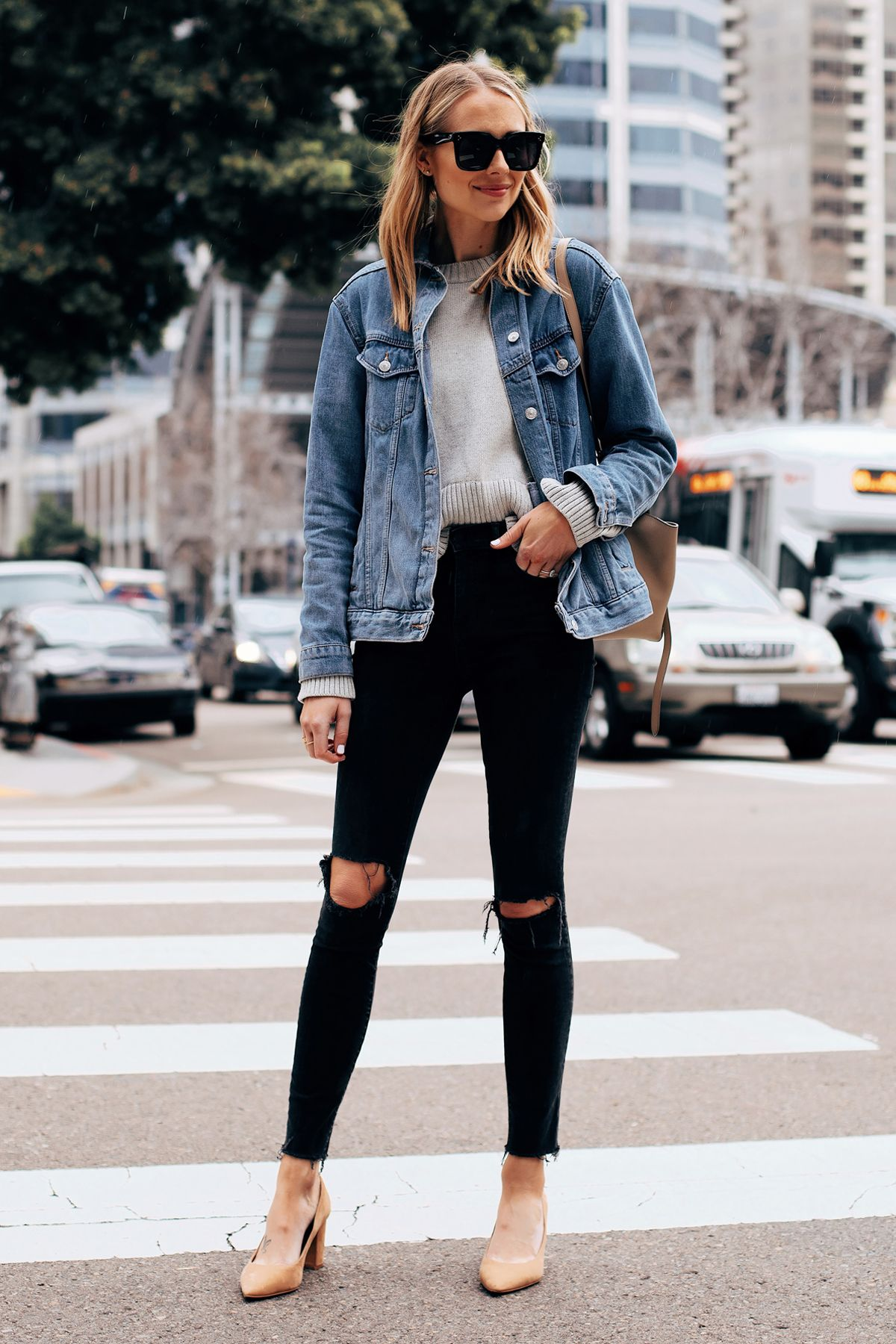 Fashion Jackson Capsule Wardrobe Wearing Topshop Oversized Denim Jacket Everlane Grey Sweater Madewel Black Ripped Skinny Jeans Denim Jacket Outfit Black Jeans [ 1800 x 1200 Pixel ]