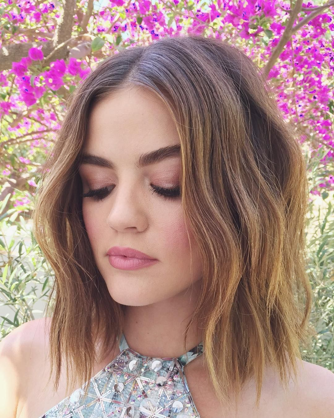 Katie lowes long wavy casual hairstyle thehairstyler com - Lucy Hale News Your Best Source For Everything Lucy Hale Kdeenihan Pretty In Pink