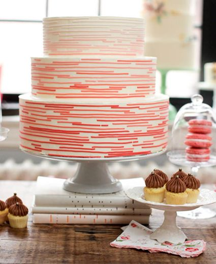 Wedding cake modern  Wedding Cake of the Day: Modern Color   Striped wedding, Red ...