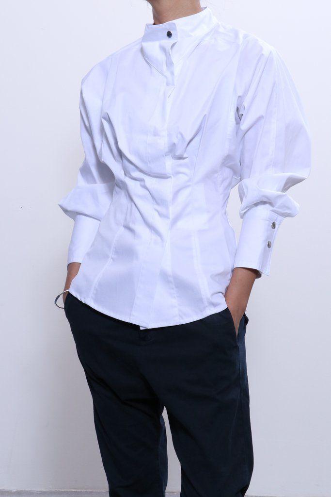 97a9bb90cb4 Isabel Marant Etoile Omeo Top in White + Nili Lotan Paris Pant in Dark Navy