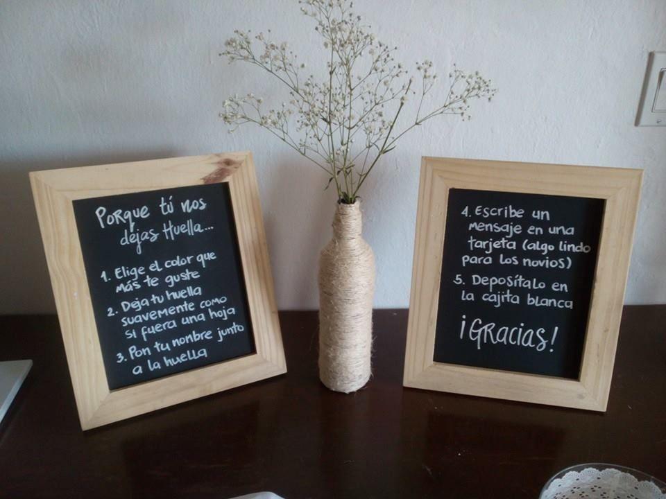 letreros con marco de madera y fondo en pizarra | Boda Vanesa + ...