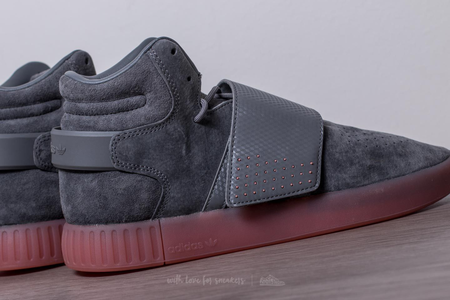 adidas Tubular Invader Strap Grey Four  Grey Four  Raw Pink at a great price 00473dd940