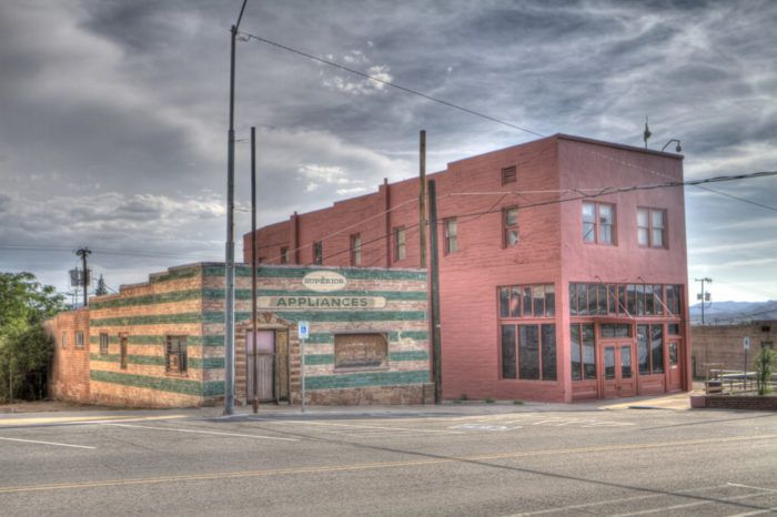 This Spooky Small Town In Arizona Could Be Right Out Of A Horror
